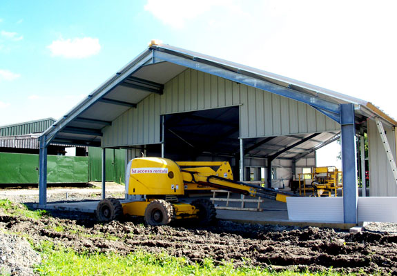 Construction stages Muircot Farmshop 10th August